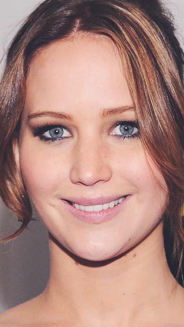 freeios8.com-iphone-4-5-6-plus-ipad-ios8-hd03-jennifer-lawrence-smile-celebrity-face