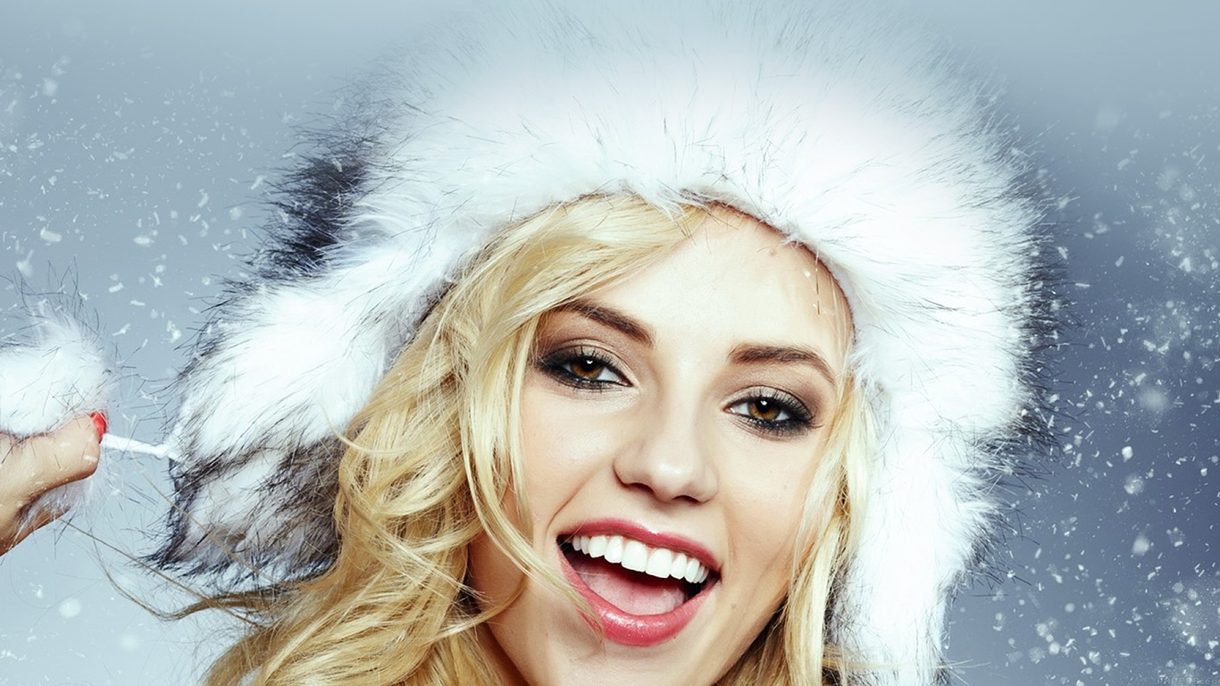 wallpaper-desktop-laptop-mac-macbook-hd13-christmas-snow-with-model-wallpaper