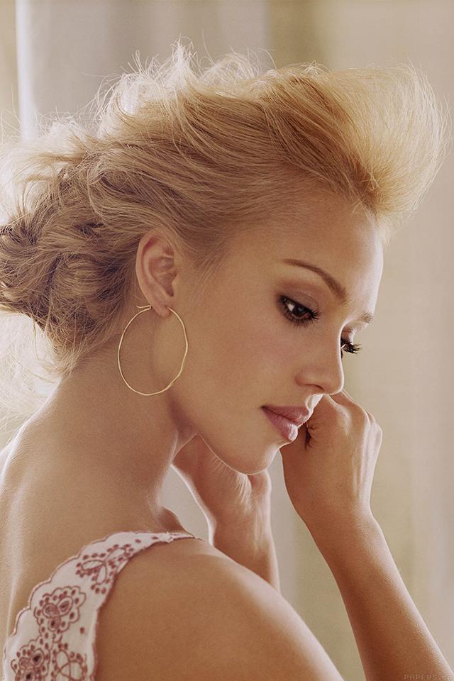 freeios7.com-iphone-4-iphone-5-ios7-wallpaperhd20-jessica-alba-actress-sexy-girl-iphone4