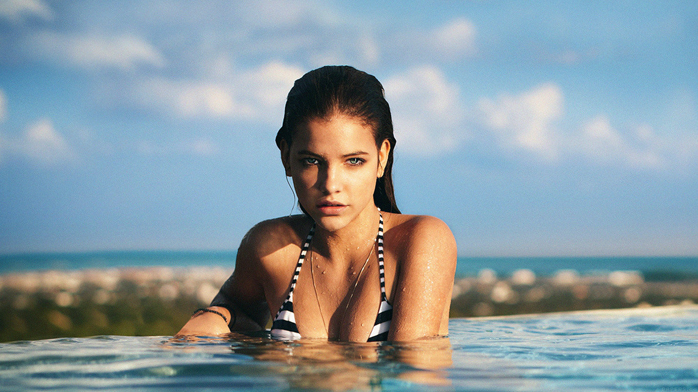 iPapers.co-Apple-iPhone-iPad-Macbook-iMac-wallpaper-hd36-barbara-palvin-swiming-sexy-model-celebirty-wallpaper