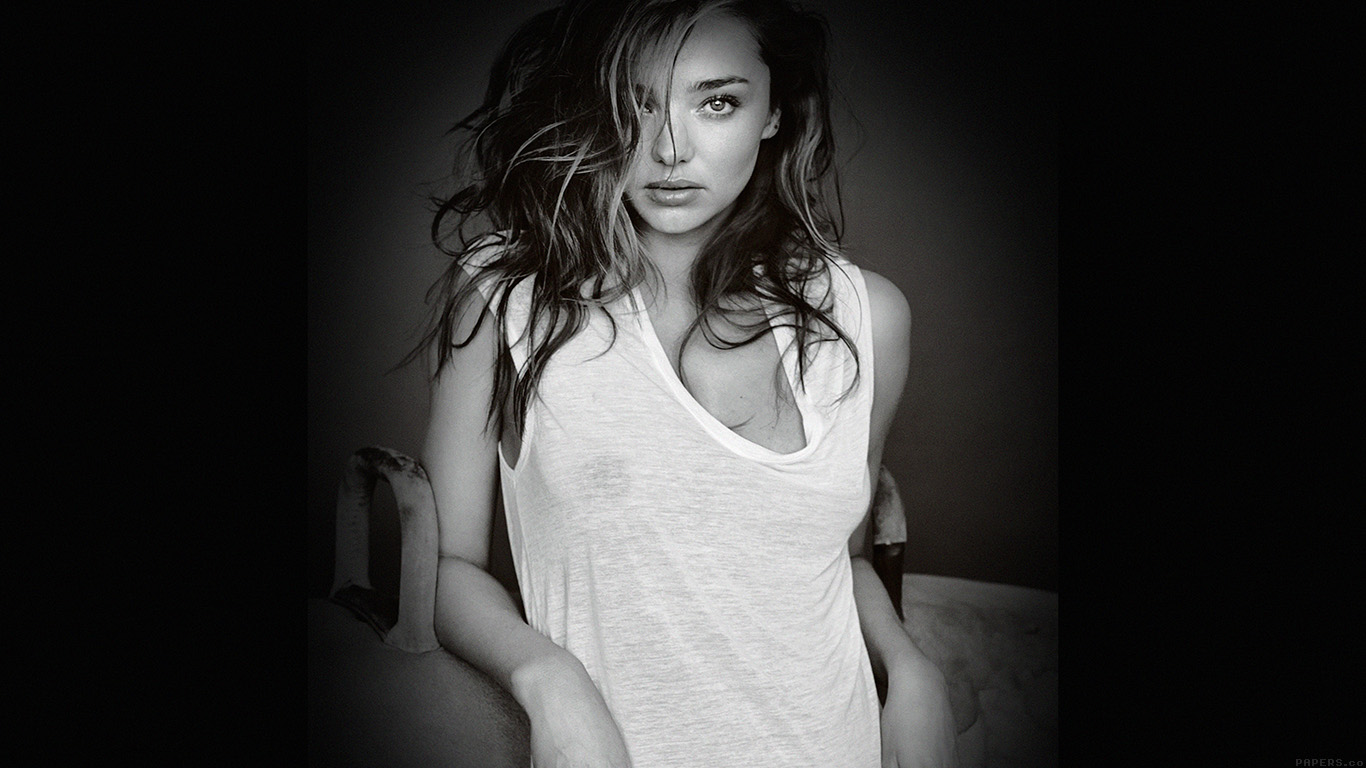 iPapers.co-Apple-iPhone-iPad-Macbook-iMac-wallpaper-hd65-miranda-kerr-home-sexy-model-bw-dark-wallpaper