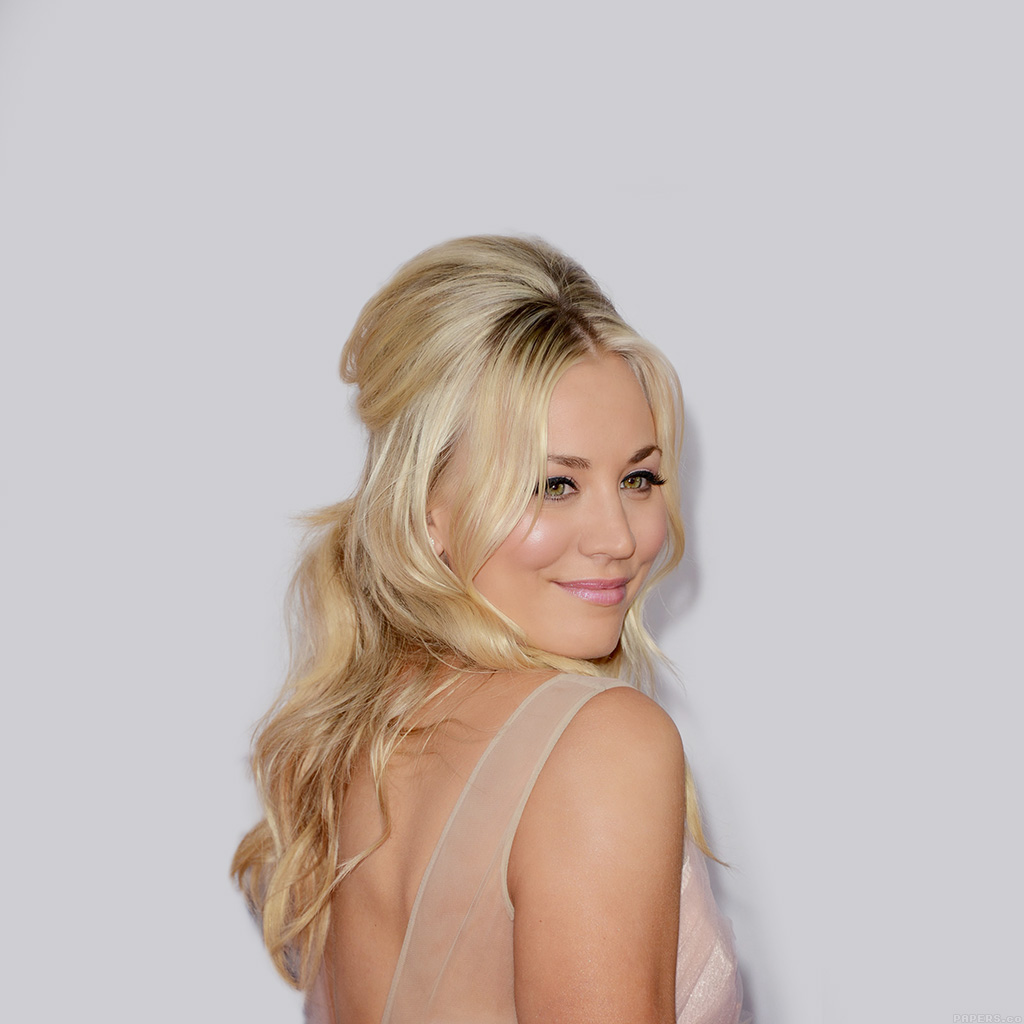 android-wallpaper-hd66-kaley-cuoco-sexy-actress-celebrity-wallpaper