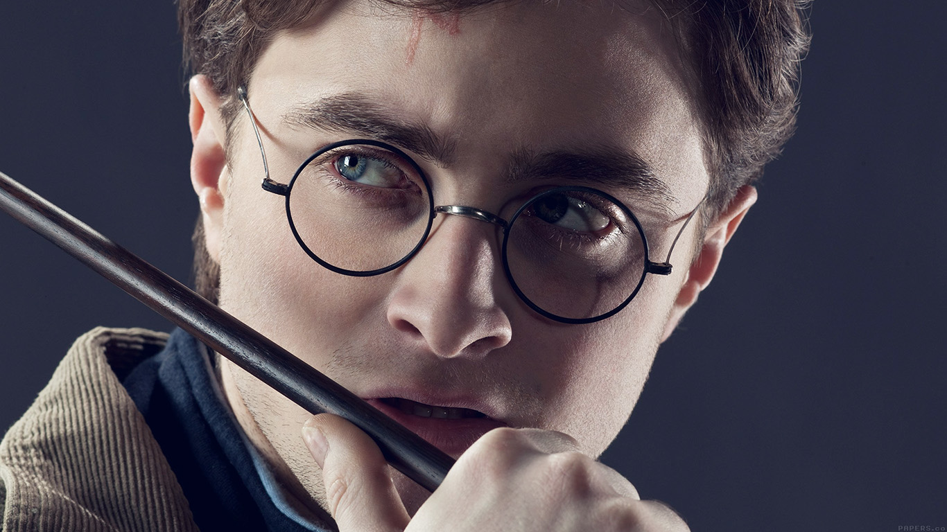 iPapers.co-Apple-iPhone-iPad-Macbook-iMac-wallpaper-hd95-harry-potter-daniel-radcliffe-celebrity-wallpaper
