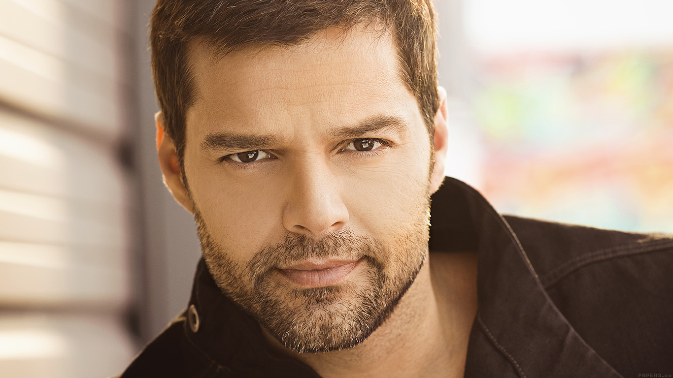 iPapers.co-Apple-iPhone-iPad-Macbook-iMac-wallpaper-he03-ricky-martin-music-artist-singer-celebrity-wallpaper