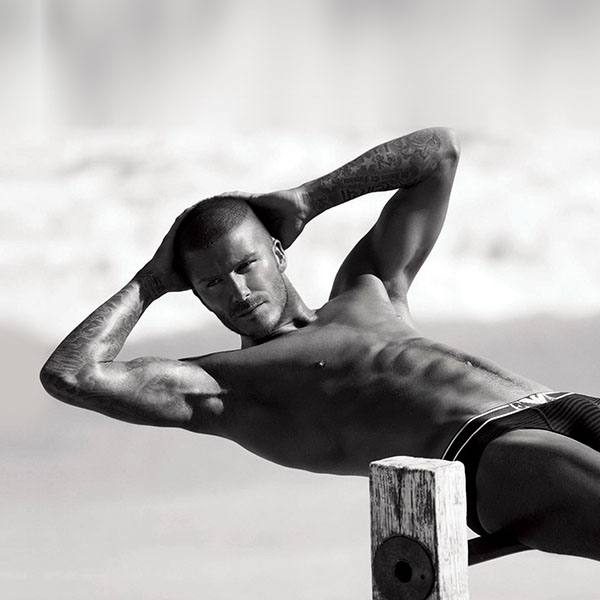 iPapers.co-Apple-iPhone-iPad-Macbook-iMac-wallpaper-he42-david-beckham-is-sexy-sports-wallpaper