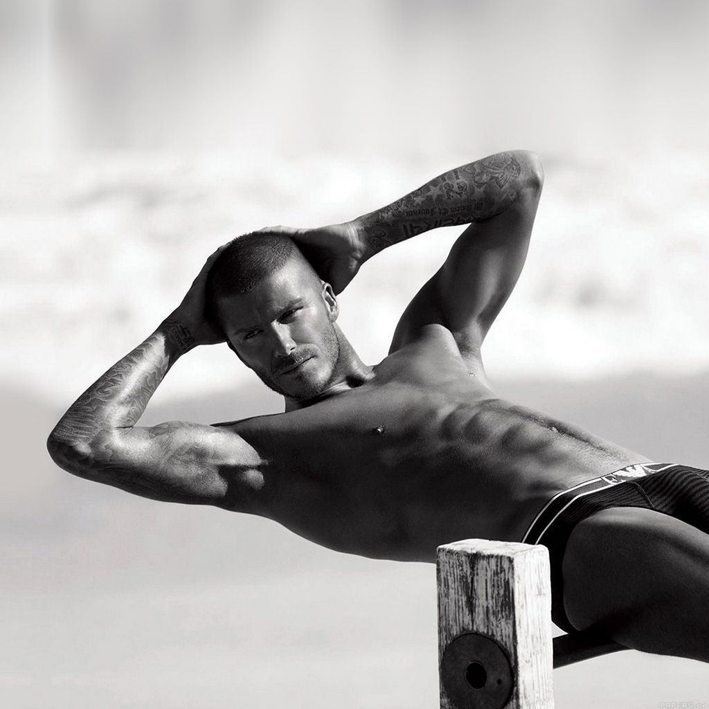 android-wallpaper-he42-david-beckham-is-sexy-sports-wallpaper