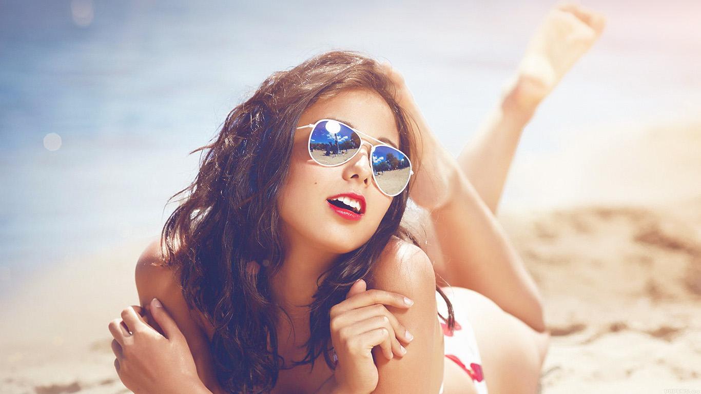 desktop-wallpaper-laptop-mac-macbook-airhe65-beach-girl-sunglasses-sunny-flaresummer-sexy-wallpaper