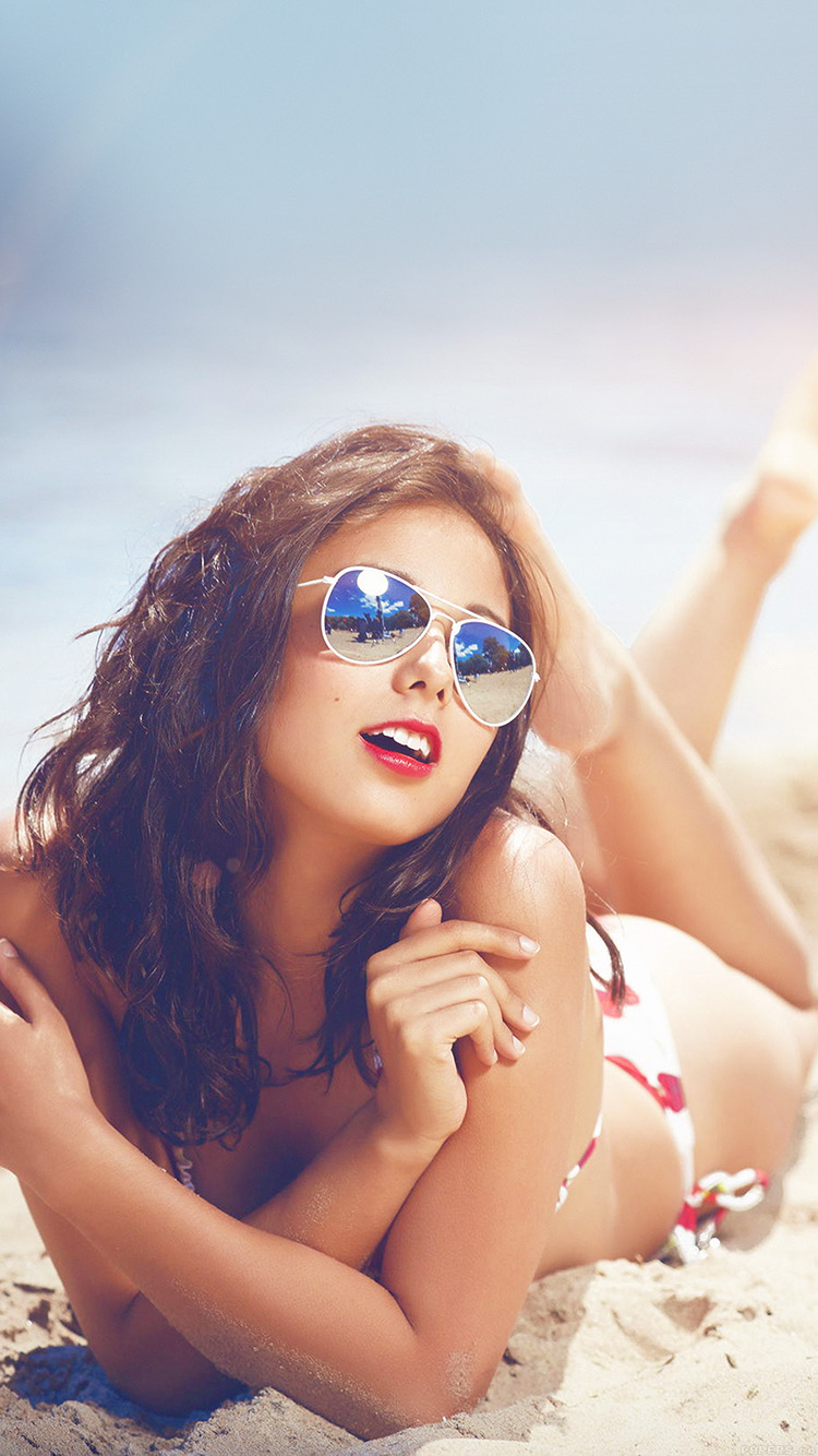 iPhone6papers.co-Apple-iPhone-6-iphone6-plus-wallpaper-he65-beach-girl-sunglasses-sunny-flaresummer-sexy