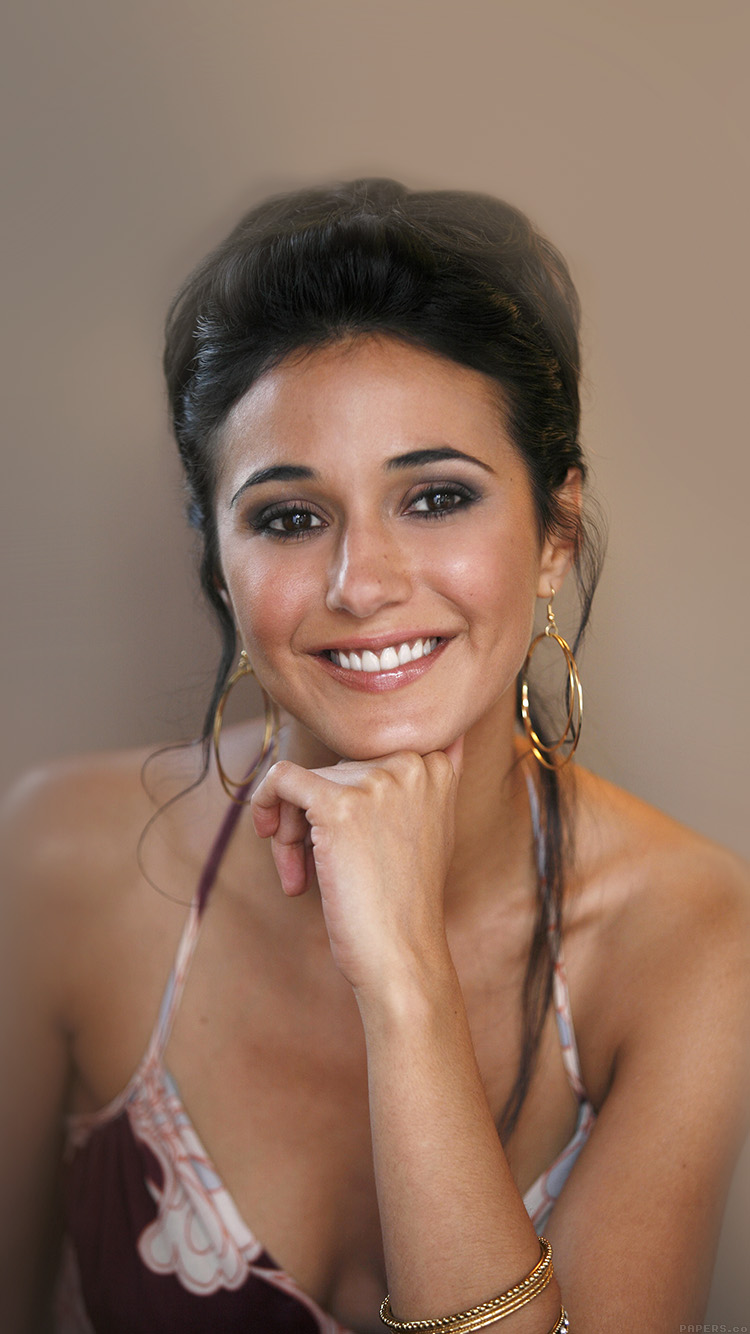 iPhone7papers.com-Apple-iPhone7-iphone7plus-wallpaper-he73-sexy-emmanuelle-chriqui-sexy-film-actress