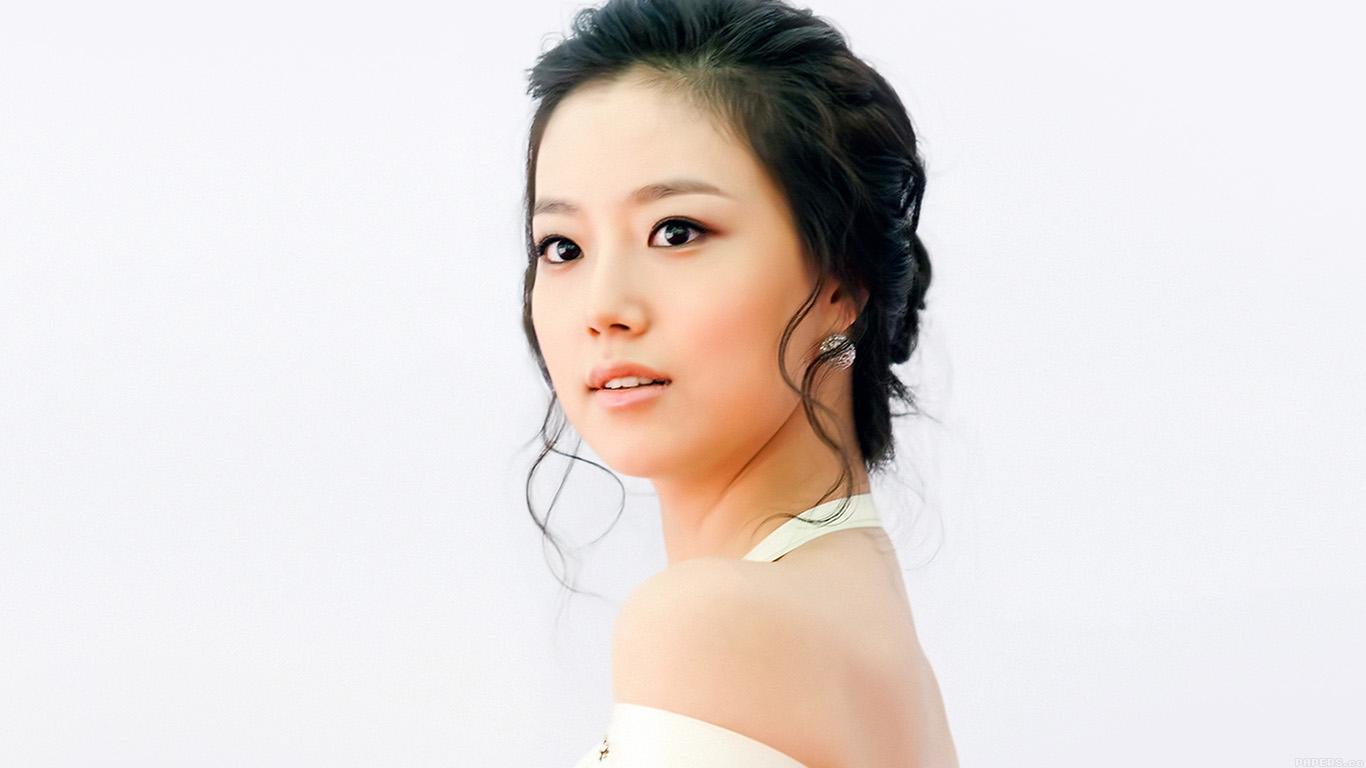 desktop-wallpaper-laptop-mac-macbook-airhe74-kpop-moon-chaewon-actress-cute-sexy-wallpaper