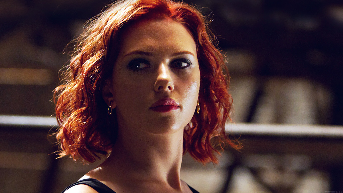 desktop-wallpaper-laptop-mac-macbook-airhf29-avengers-natasha-scarlett-johansson-sexy-hero-wallpaper