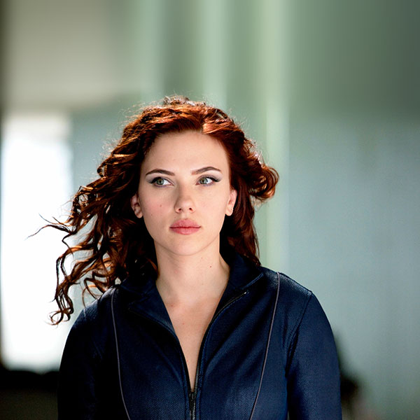 iPapers.co-Apple-iPhone-iPad-Macbook-iMac-wallpaper-hf30-natasha-avengers-scarlett-johansson-sexy-hero-wallpaper