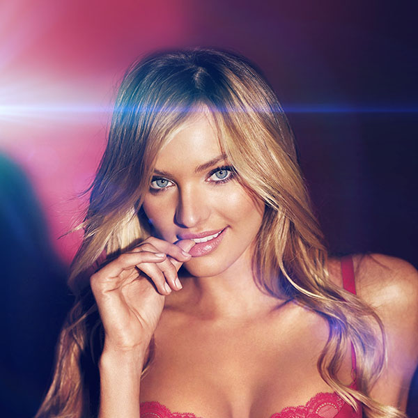 iPapers.co-Apple-iPhone-iPad-Macbook-iMac-wallpaper-hf33-victoria-secret-sexy-pink-model-body-flare-wallpaper