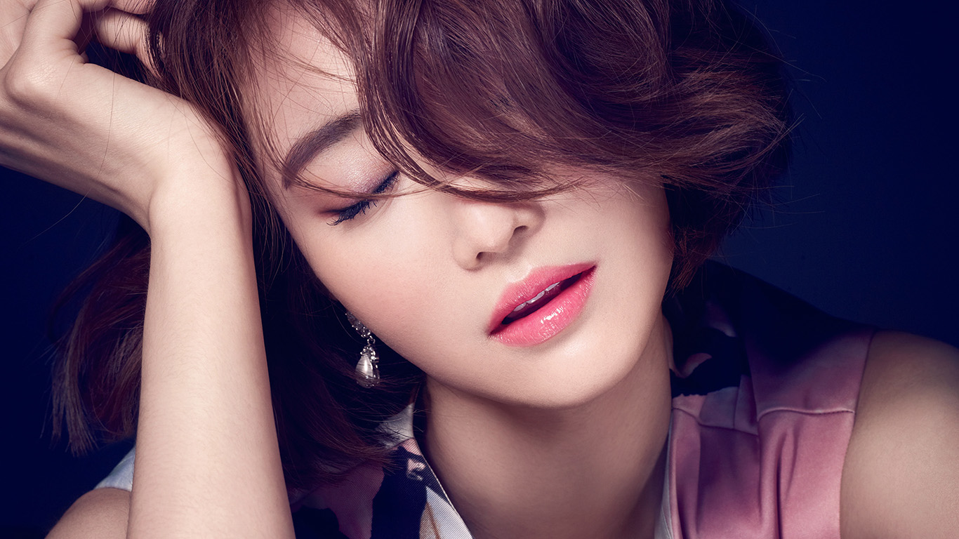 desktop-wallpaper-laptop-mac-macbook-airhf59-ko-joon-hee-kpop-film-actress-closed-eyes-wallpaper
