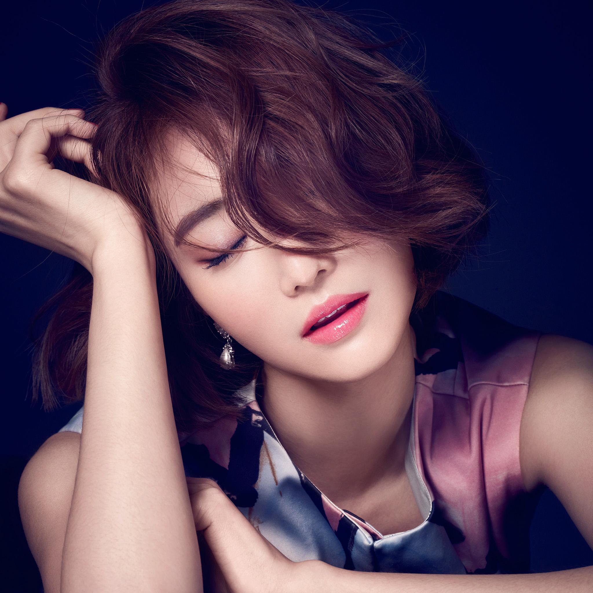 Hf59-ko-joon-hee-kpop-film-actress-closed-eyes