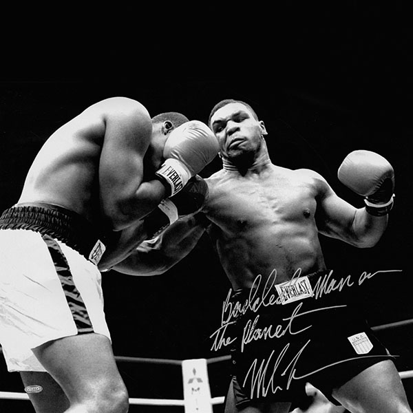 iPapers.co-Apple-iPhone-iPad-Macbook-iMac-wallpaper-hf61-tyson-punch-ring-boxing-sports-dark-wallpaper