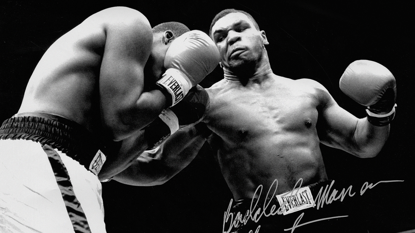 desktop-wallpaper-laptop-mac-macbook-airhf61-tyson-punch-ring-boxing-sports-dark-wallpaper