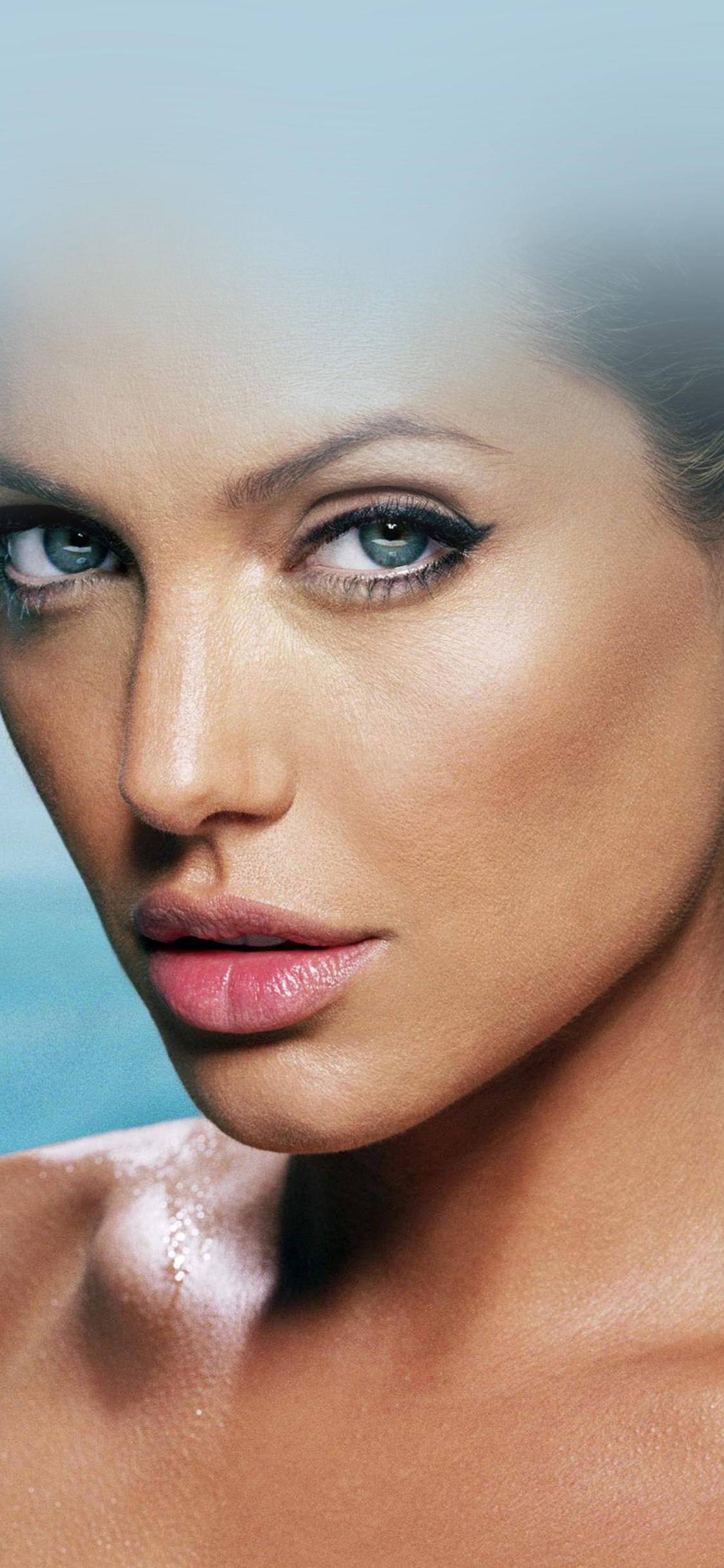 iPhoneXpapers.com-Apple-iPhone-wallpaper-hg00-sexy-angelina-jolie-starring-bikini