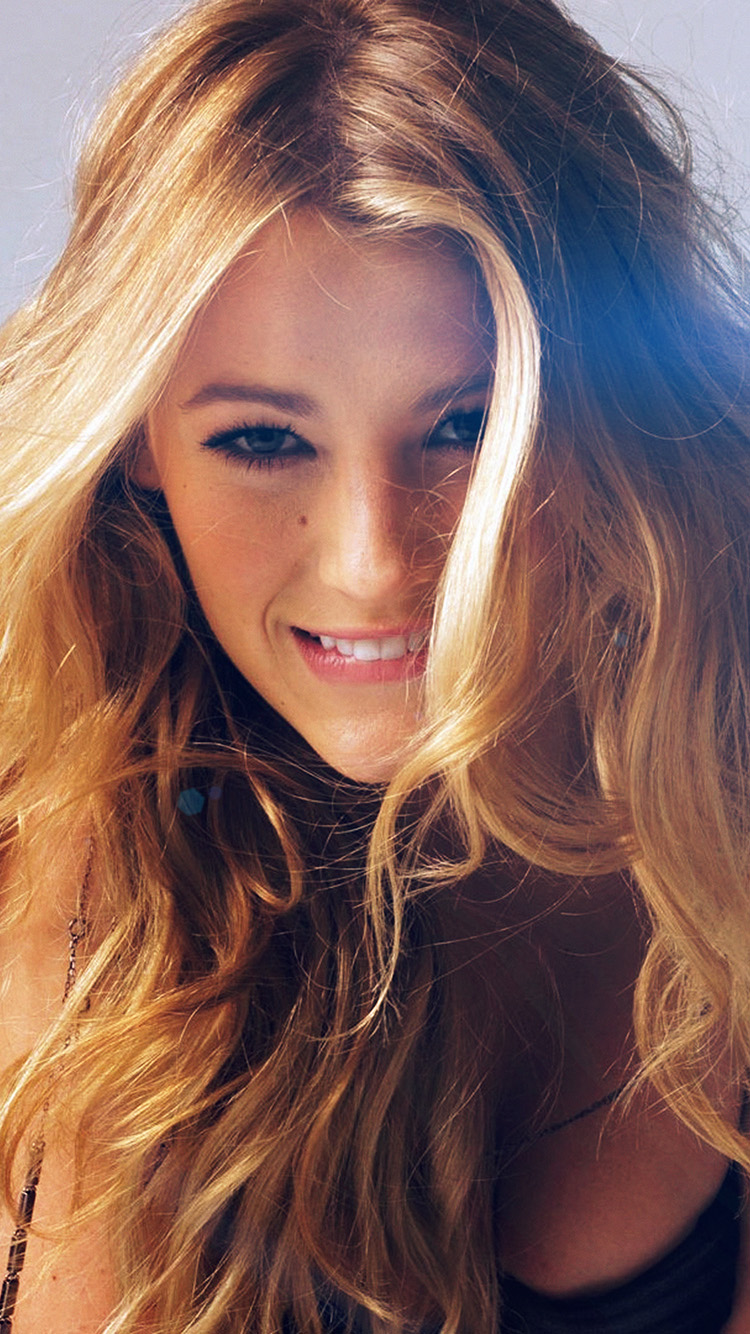 Papers.co-iPhone5-iphone6-plus-wallpaper-hg01-blake-lively-sexy-photoshoot-model