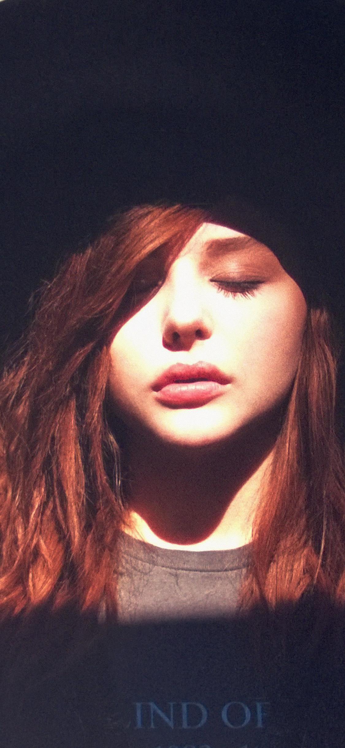 iPhoneXpapers.com-Apple-iPhone-wallpaper-hg03-chloe-grace-moretz-hat-film-actress-sexy