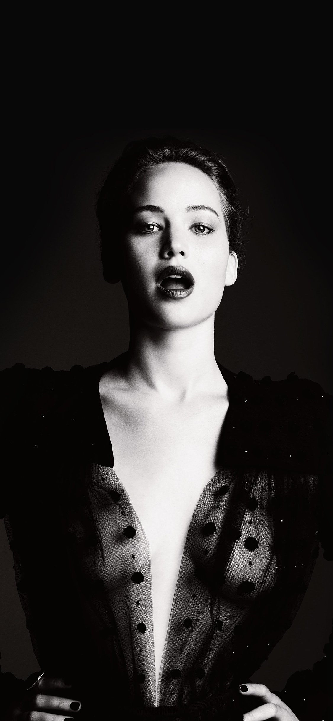 iPhoneXpapers.com-Apple-iPhone-wallpaper-hg06-jennifer-lawrence-dark-celebrity-sexy-bw-film