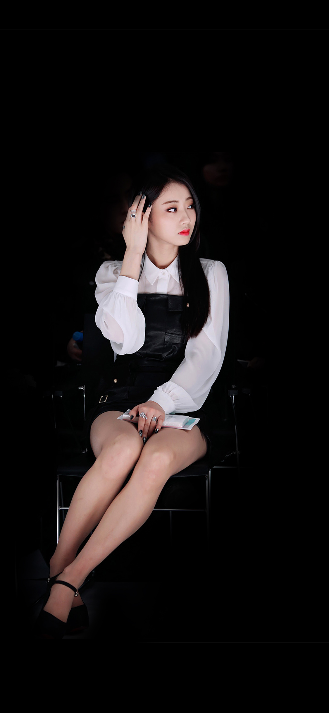iPhoneXpapers.com-Apple-iPhone-wallpaper-hg23-kyungri-dark-fashion-kpop-girl