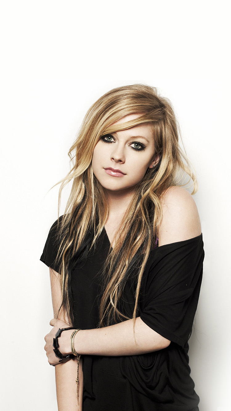 iPhone6papers.co-Apple-iPhone-6-iphone6-plus-wallpaper-hg32-avril-lavigne-music-star-beauty