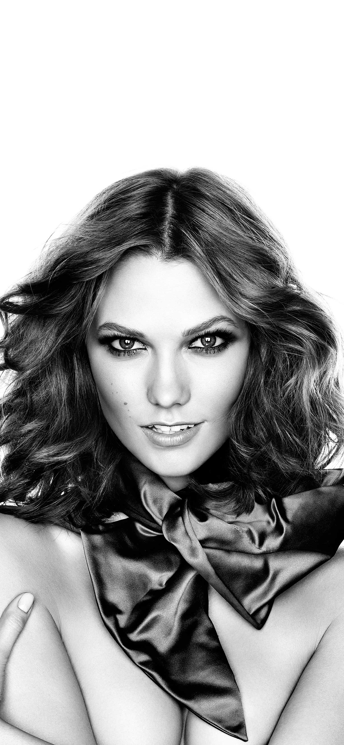 iPhoneXpapers.com-Apple-iPhone-wallpaper-hg42-karlie-kloss-model-bw-present-sexy