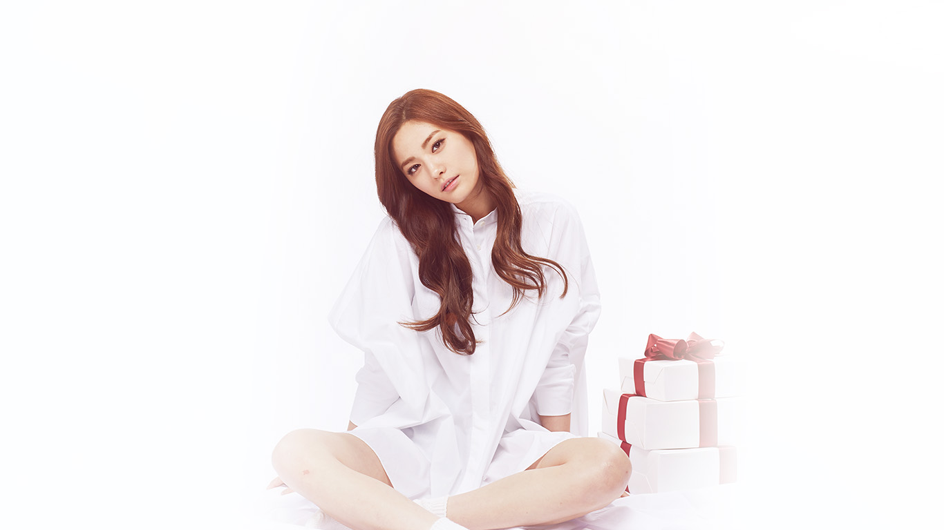 desktop-wallpaper-laptop-mac-macbook-airhg52-nana-kpop-model-white-beauty-celebrity-flare-wallpaper