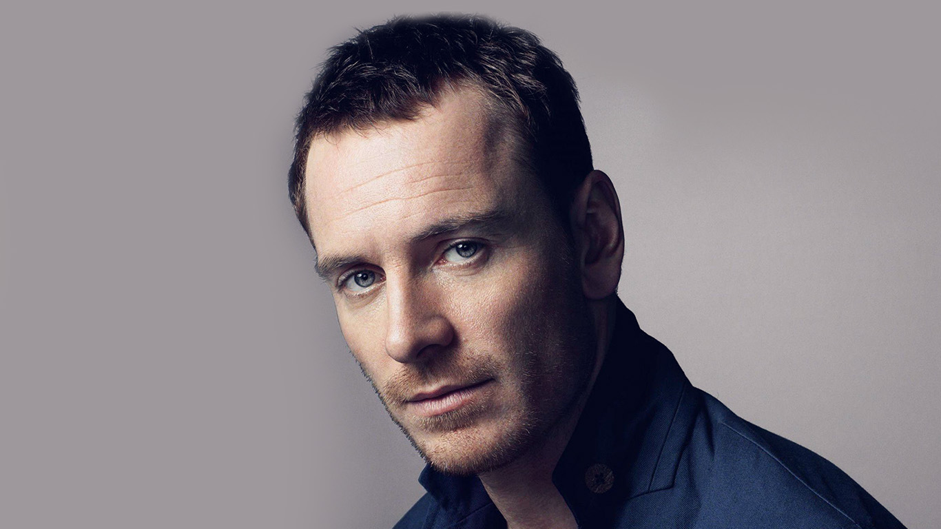 desktop-wallpaper-laptop-mac-macbook-airhg55-michael-fassbender-actor-movie-celebrity-wallpaper