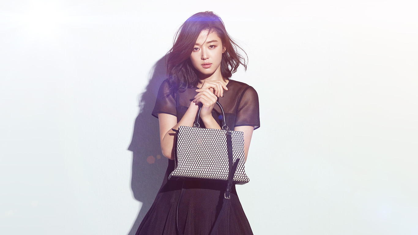desktop-wallpaper-laptop-mac-macbook-air-hg63-jun-ji-hyun-actress-kpop-cute-beauty-blue-flare-wallpaper