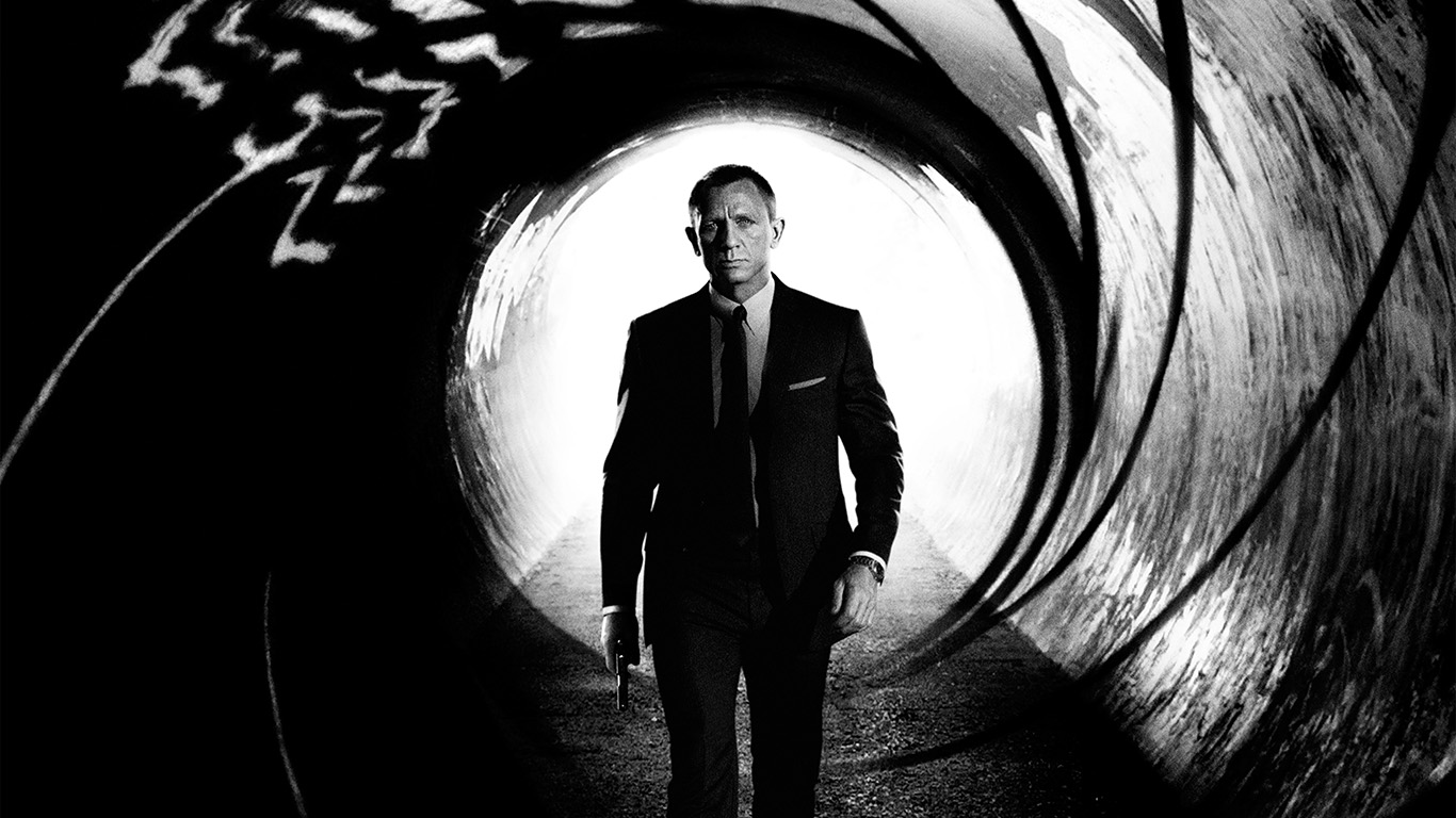 desktop-wallpaper-laptop-mac-macbook-airhg70-james-bond-007-skyfall-film-poster-wallpaper