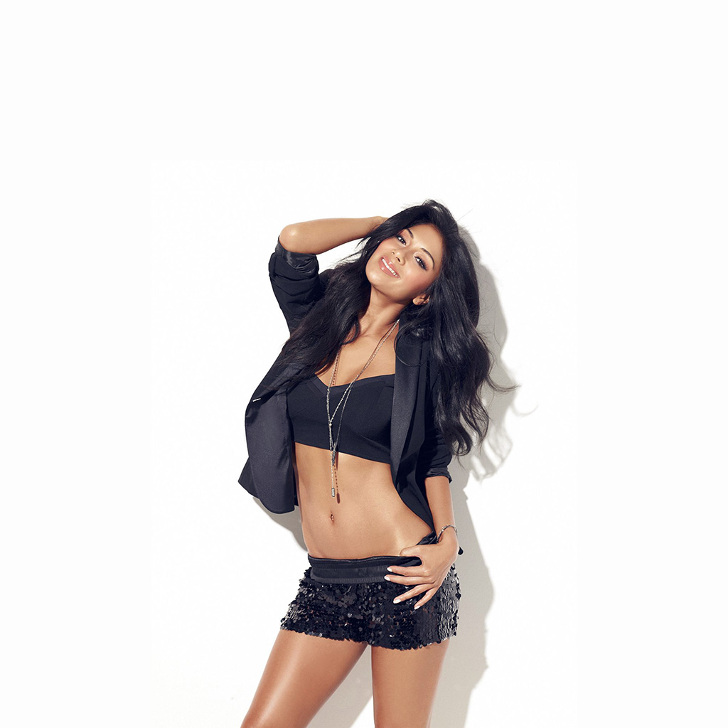 android-wallpaper-hh06-nicole-scherzinger-music-singer-black-wallpaper
