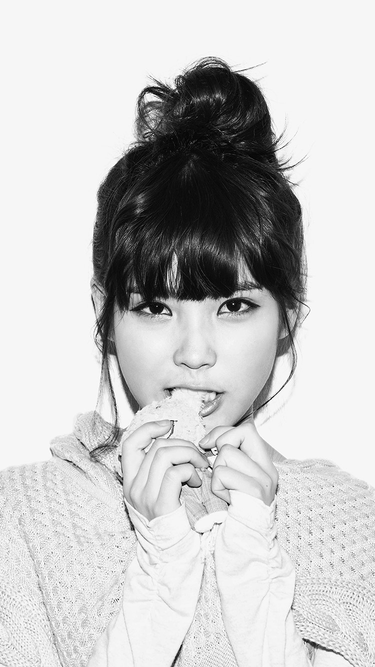 iPhone6papers.co-Apple-iPhone-6-iphone6-plus-wallpaper-hh59-iu-kpop-girl-cute-singer-white-bw