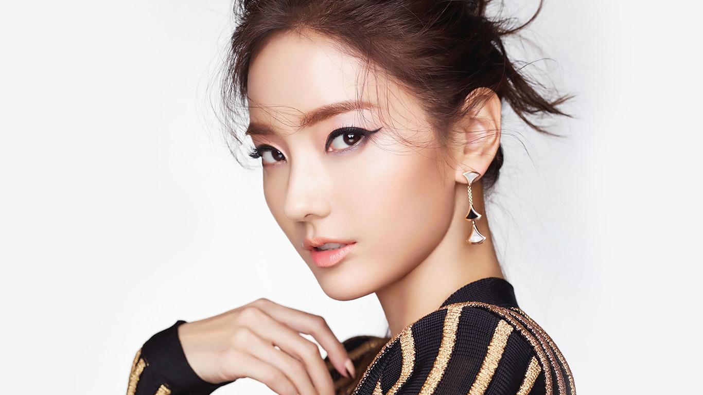 desktop-wallpaper-laptop-mac-macbook-air-hh68-han-chaeyoung-kpop-beauty-wallpaper