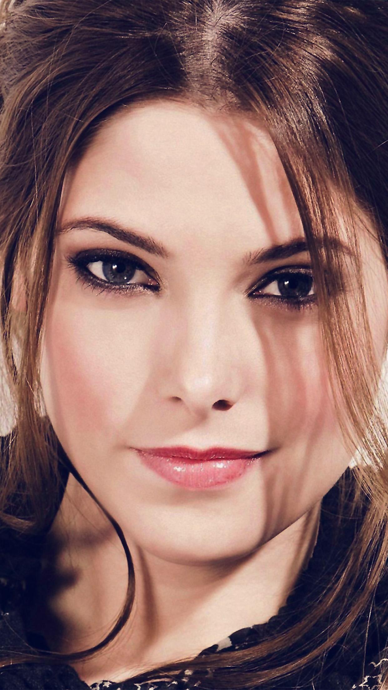 Hh72-ashley-greene-actress-film-wallpaper