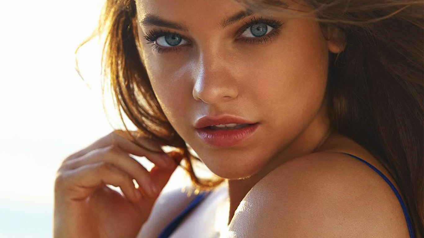 desktop-wallpaper-laptop-mac-macbook-air-hh80-barbara-palvin-swinsuit-sea-cool-wallpaper
