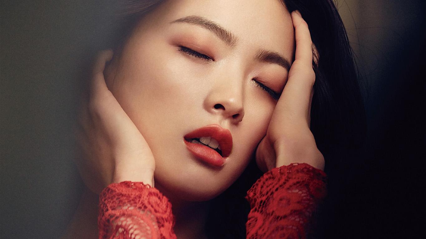 desktop-wallpaper-laptop-mac-macbook-air-hh99-woohee-chun-kpop-red-model-magazine-wallpaper