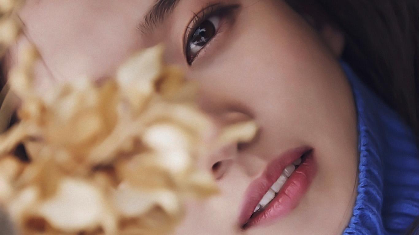 desktop-wallpaper-laptop-mac-macbook-air-hi00-asian-girl-bokeh-face-wallpaper