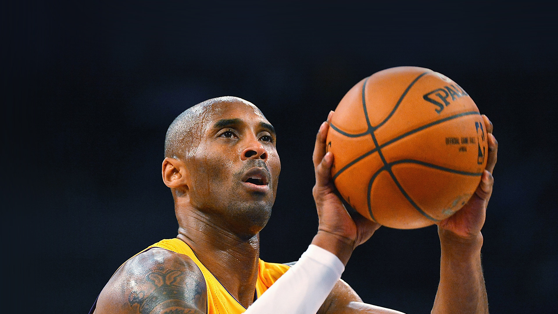 descriptive essay kobe bryant Lakers rule essay lakers rule essay submitted by los angeles lakers and kobe bryant essays career of nba superstar kobe bryant , rewarding note: this rule applies to three or more items rule 2: place a comma between two descriptive words only if they are interchangeable.
