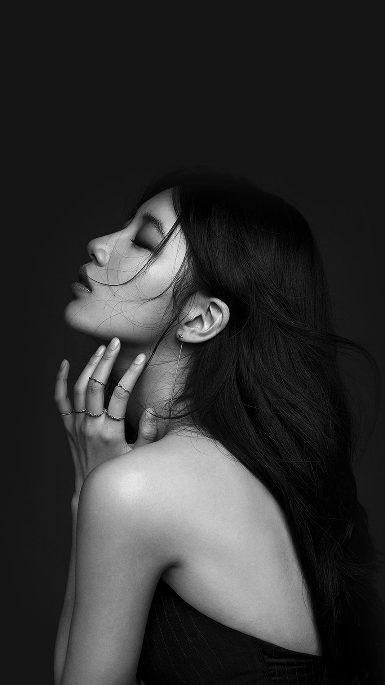 Hi44 Suji Dark Bw Kpop Girl Wallpaper