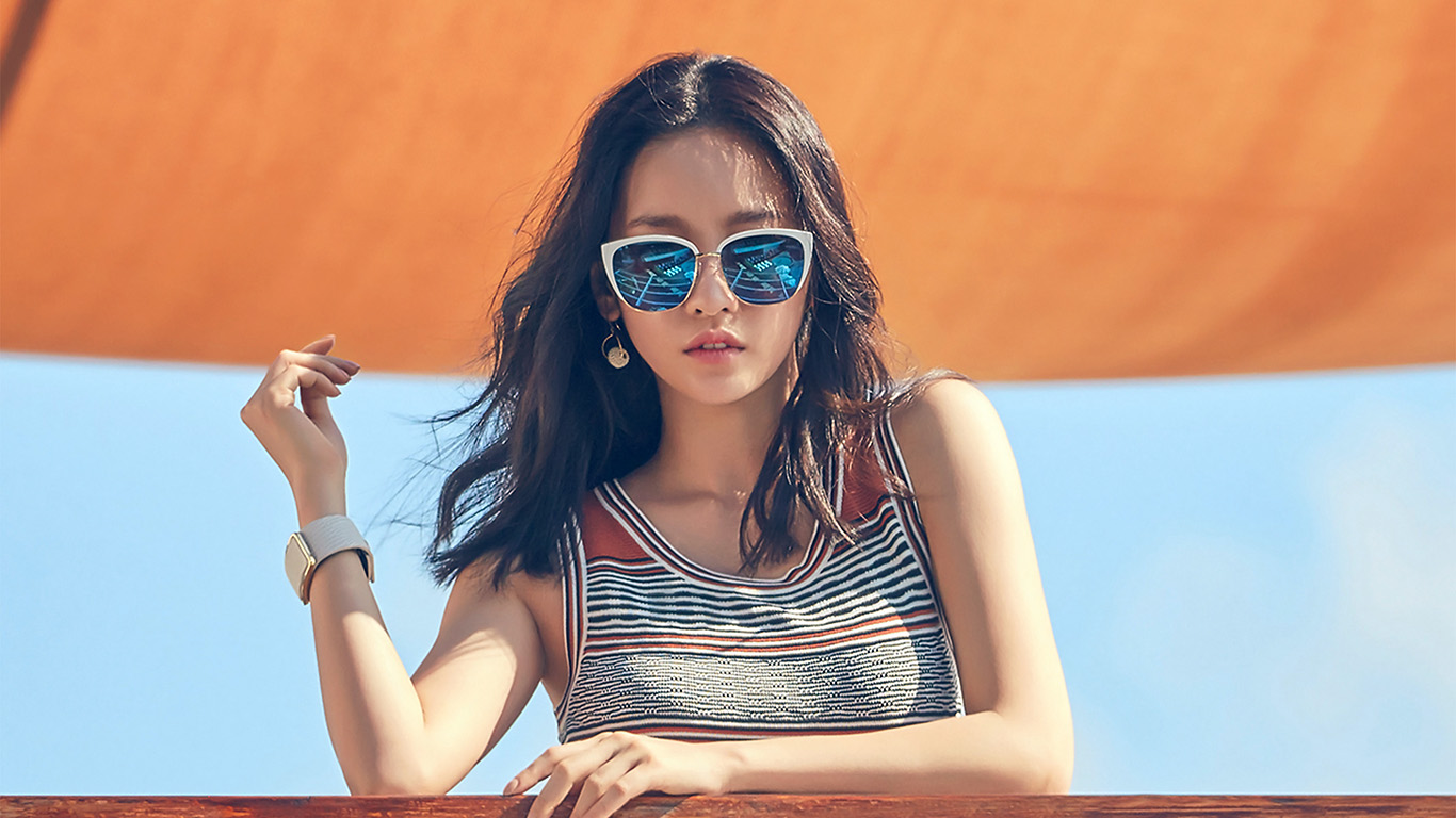desktop-wallpaper-laptop-mac-macbook-air-hj23-gu-hara-kpop-girl-summer-sunglass-wallpaper