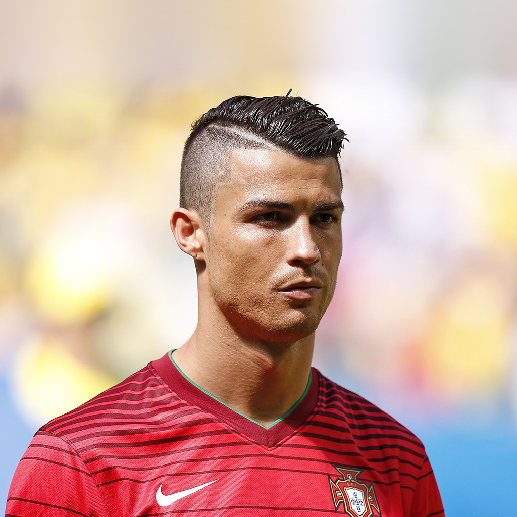 wallpaper-hj36-christiano-ronaldo-sports-soccer-portugal-wallpaper