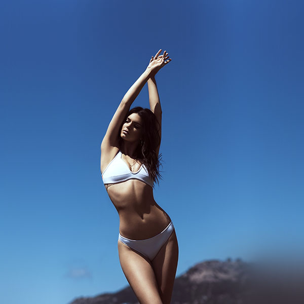 iPapers.co-Apple-iPhone-iPad-Macbook-iMac-wallpaper-hj58-kendall-jenner-bikini-summer-cool-sexy-wallpaper