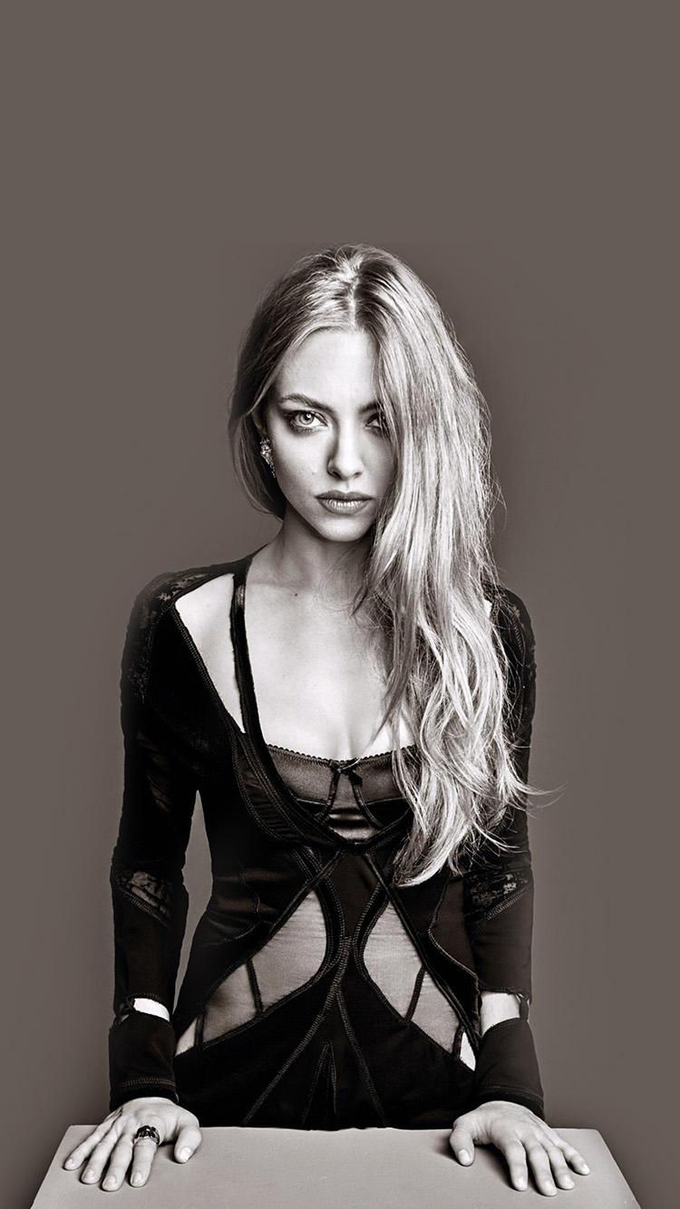 iPhone6papers.co-Apple-iPhone-6-iphone6-plus-wallpaper-hj65-amanda-seyfried-model-brown