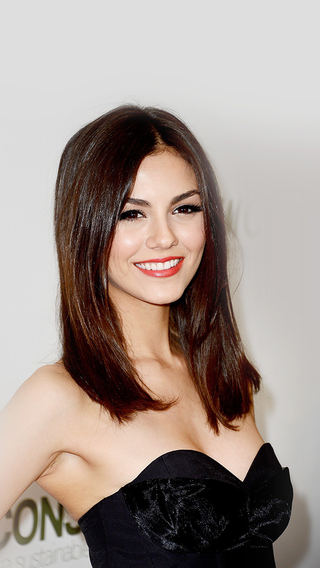 freeios8.com-iphone-4-5-6-plus-ipad-ios8-hj88-victoria-justice-black-dress-smile