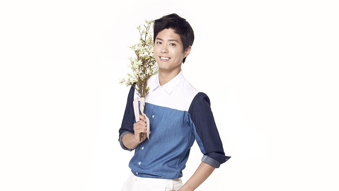 desktop-wallpaper-laptop-mac-macbook-air-hk10-bogum-kpop-boy-flower-smile-asian-wallpaper