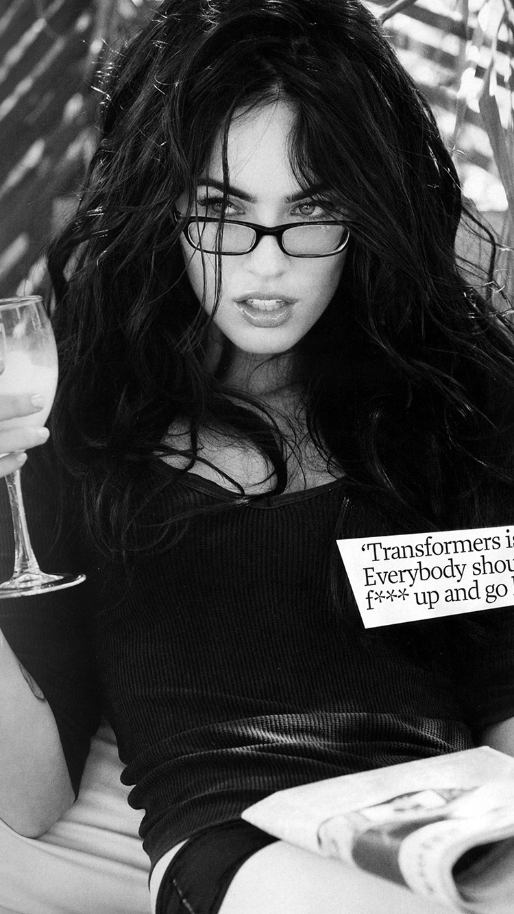 iPhone7papers.com-Apple-iPhone7-iphone7plus-wallpaper-hk22-megan-fox-bw-dark-celebrity-sexy