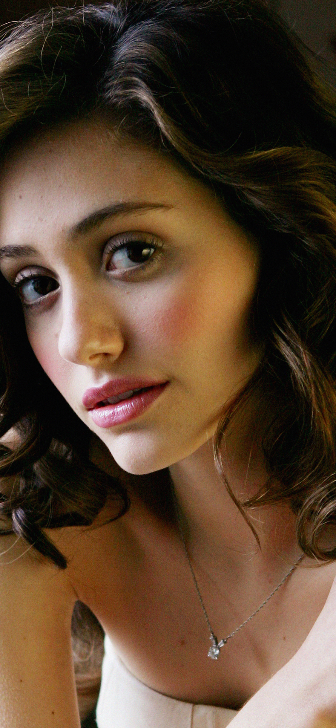 Papersco Iphone Wallpaper Hk61 Emmy Rossum Actress Girl