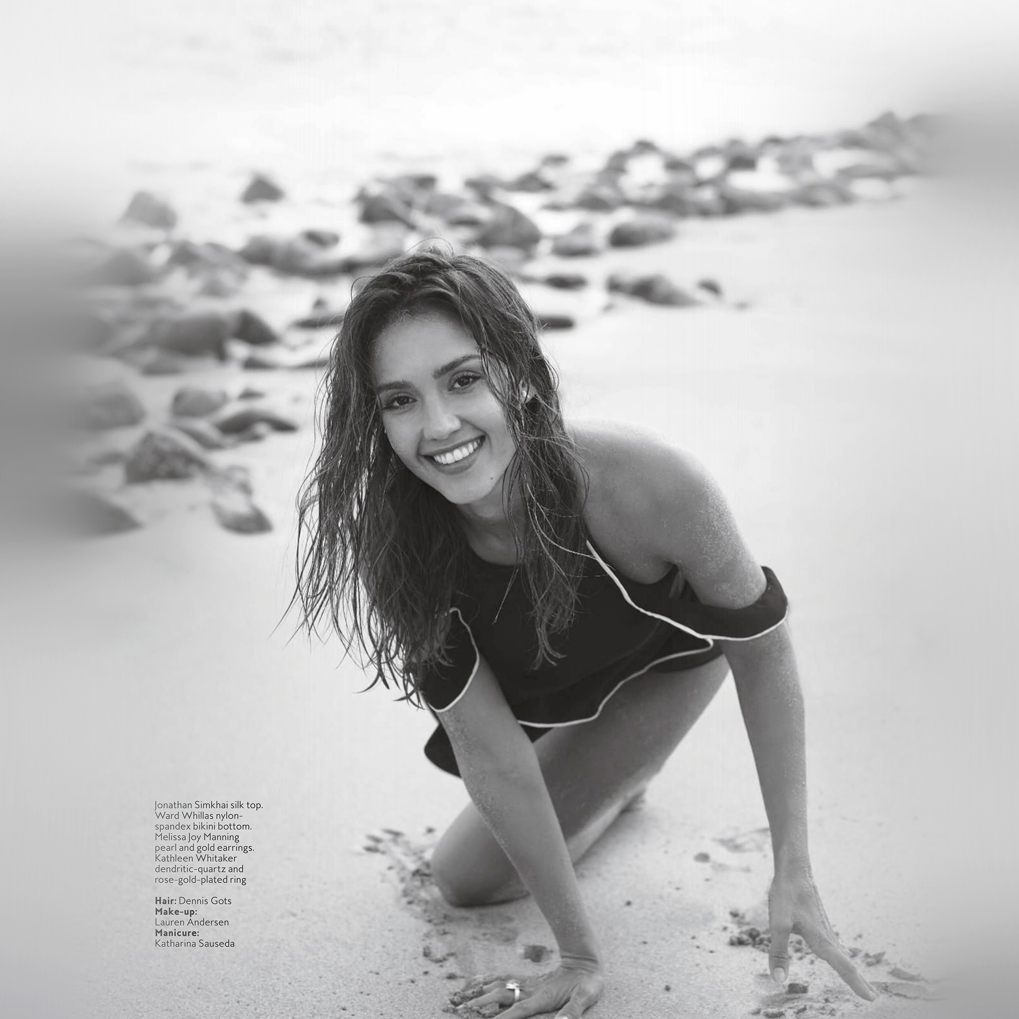 Large for Jessica alba beach pictures